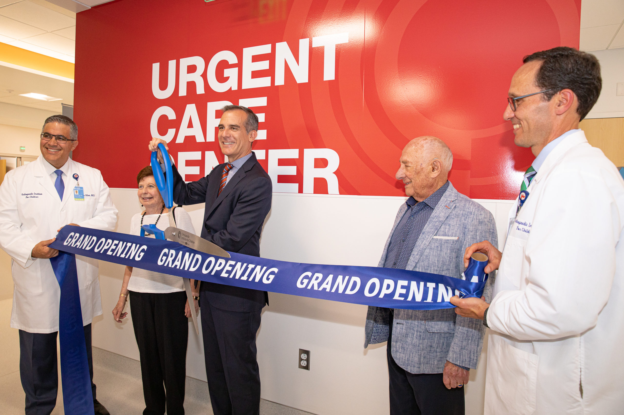 OIC_news_Urgent_Care_Ribbon_Cutting